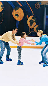 ice_skating_family
